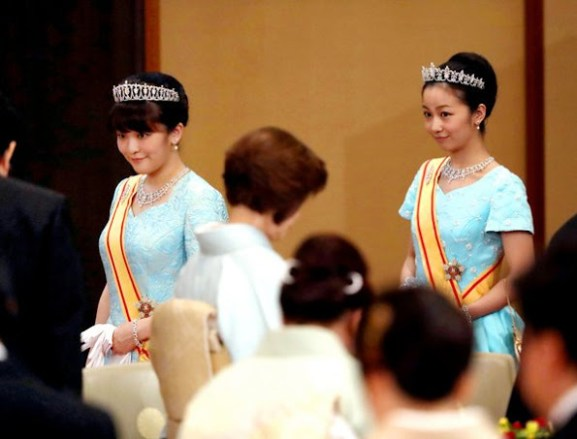 2016-10-11-belgian-state-visit-to-japan-6-princesses-mako-kako